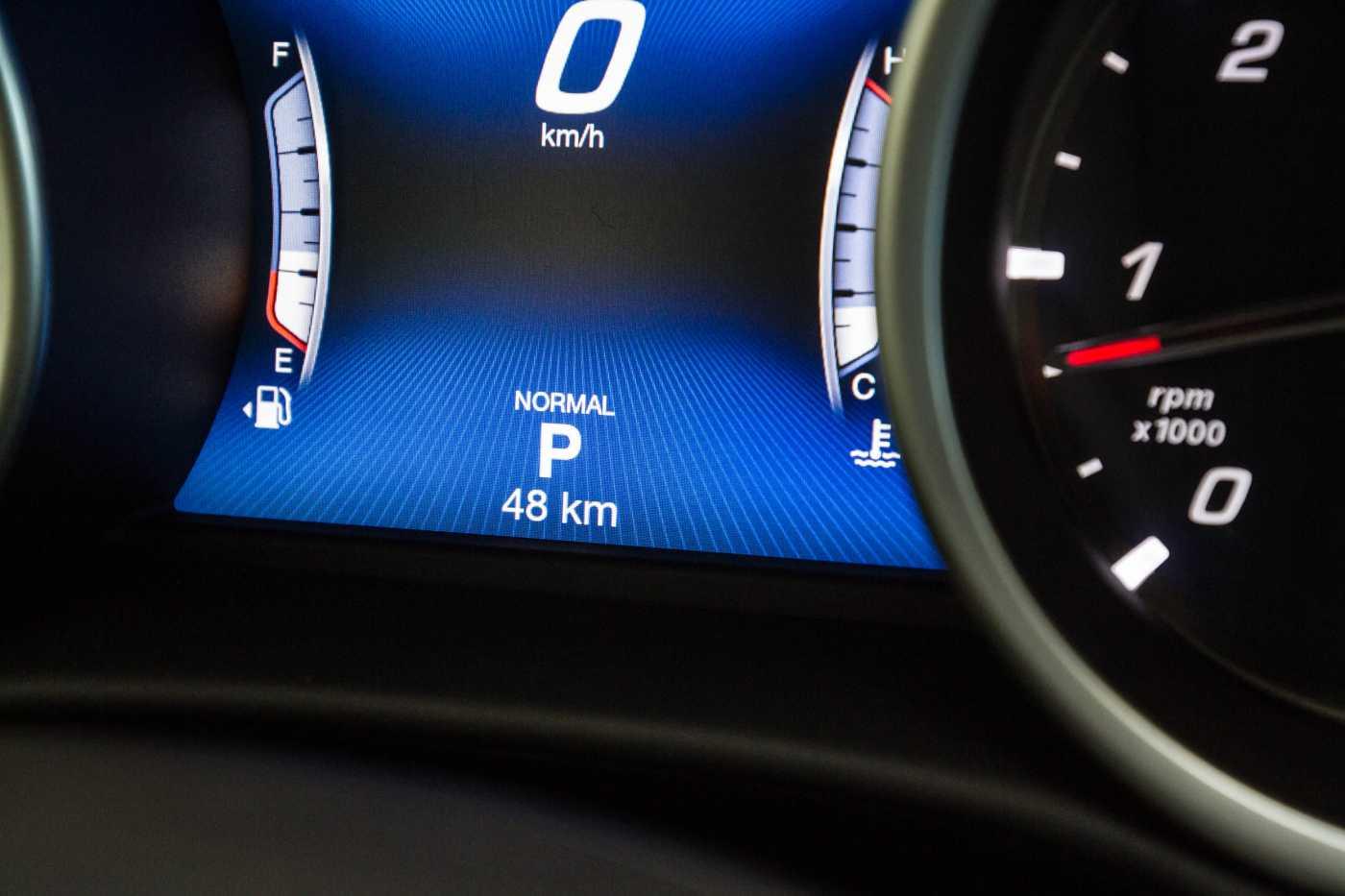Maserati Ghibli Diesel GranLusso Keyless Sports Exhaust LED Camera 19/29