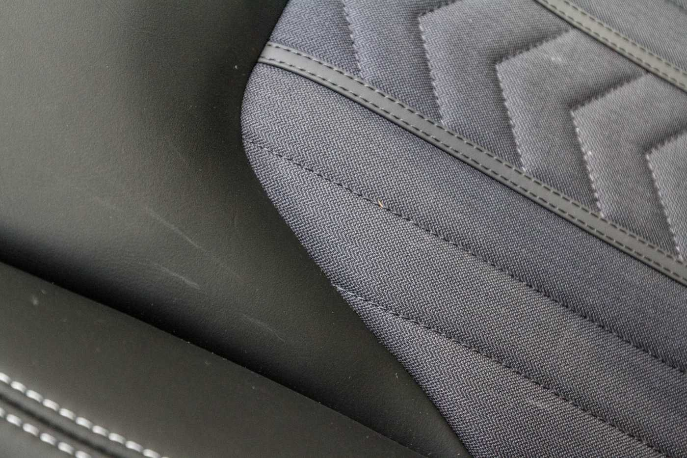 Maserati Ghibli Diesel GranLusso Keyless Sports Exhaust LED Camera 24/29