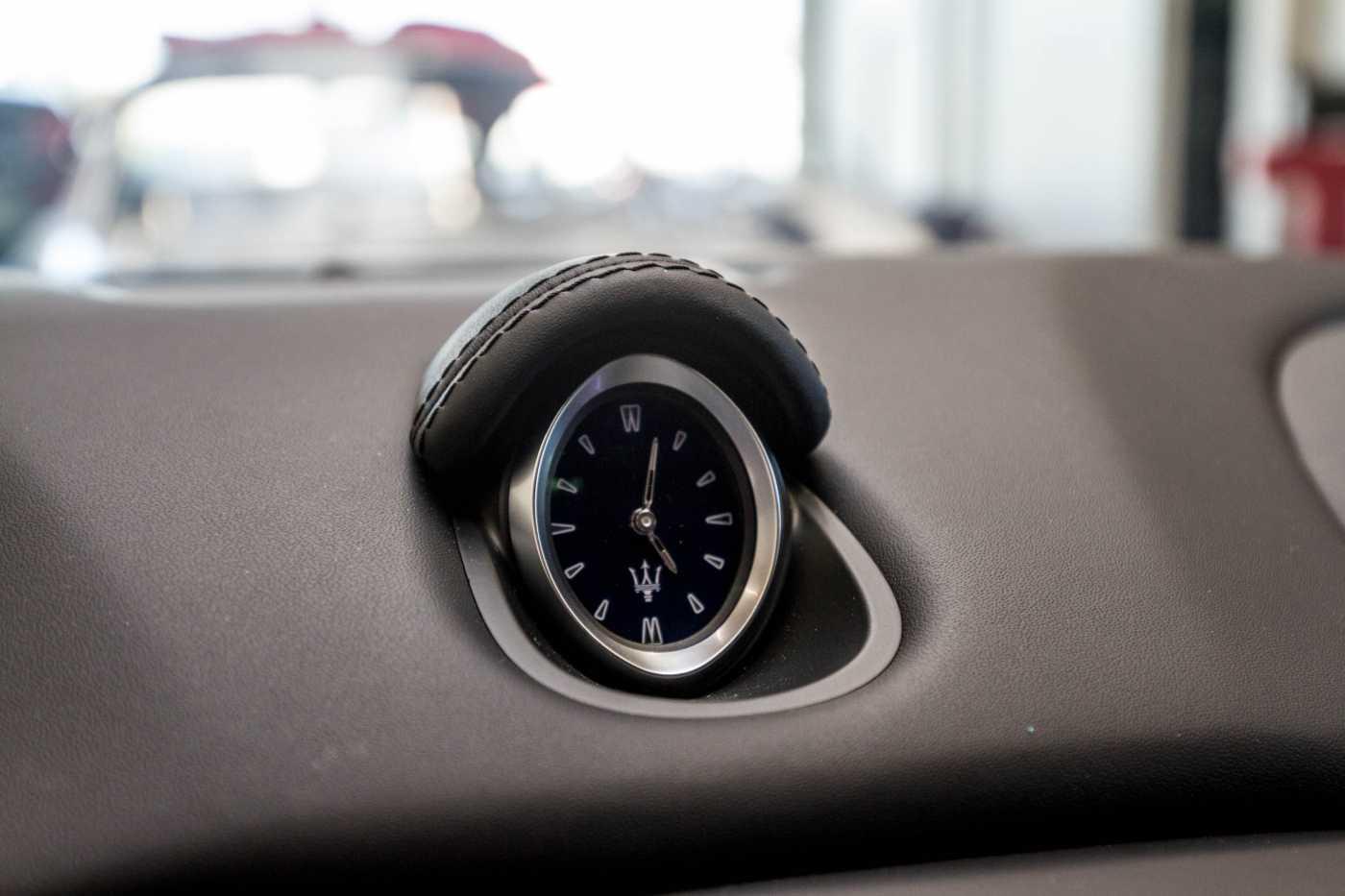 Maserati Ghibli Diesel GranLusso Keyless Sports Exhaust LED Camera 29/29