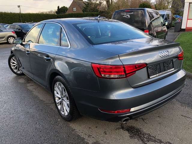 Audi A4 2.0 TDi ultra Compteur digitale 6/13