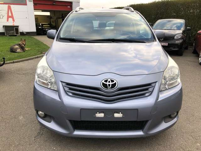 Toyota Verso 2.0 D-4D Executive 5pl. DPF 2/14