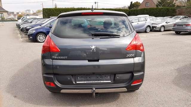 Peugeot 3008 1.6 HDi Confort Pack FAP 5/13