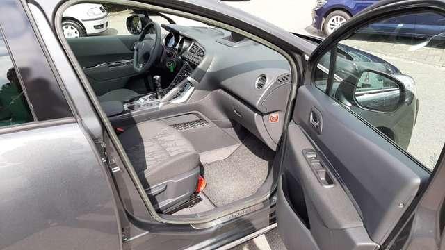 Peugeot 3008 1.6 HDi Confort Pack FAP 7/13