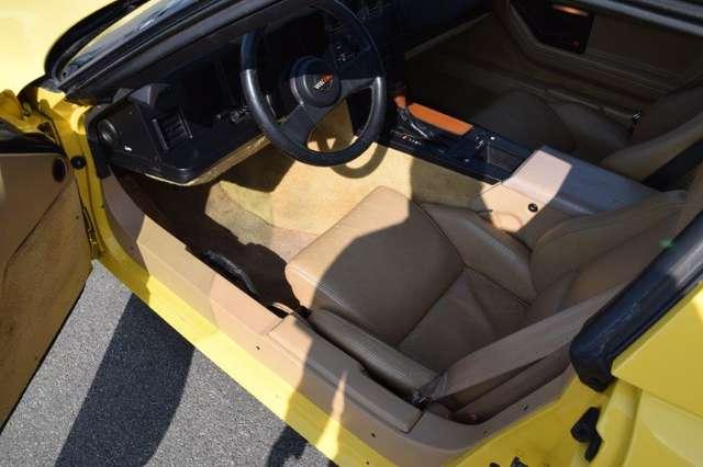 Chevrolet Corvette CORVETTE C4 T-ROOF 4/15