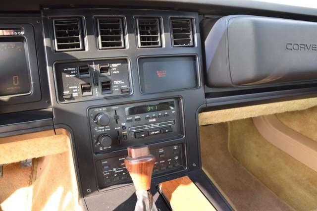 Chevrolet Corvette CORVETTE C4 T-ROOF 7/15