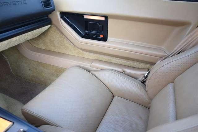 Chevrolet Corvette CORVETTE C4 T-ROOF 8/15