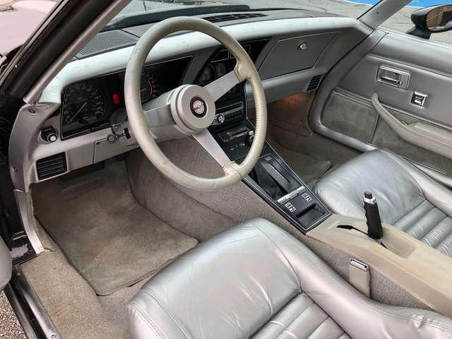 Chevrolet Corvette CORVETTE C3 PACE CAR 6/8