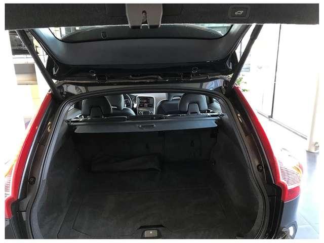 Volvo XC60 SUMMUM D4-AWD- AUTOMAAT-5 JAAR WAARBORG* 6/15