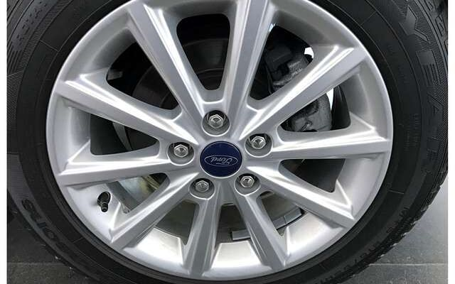 Ford C-MAX TITANIUM BENZINE-5 JAAR WAARBORG*