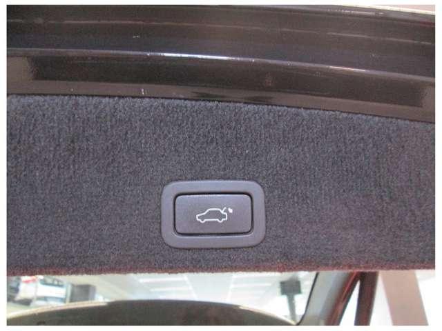 Volvo XC60 SUMMUM R-DESIGN D4 AWD AUTOMAAT 5 JAAR WAARBORG* 12/12