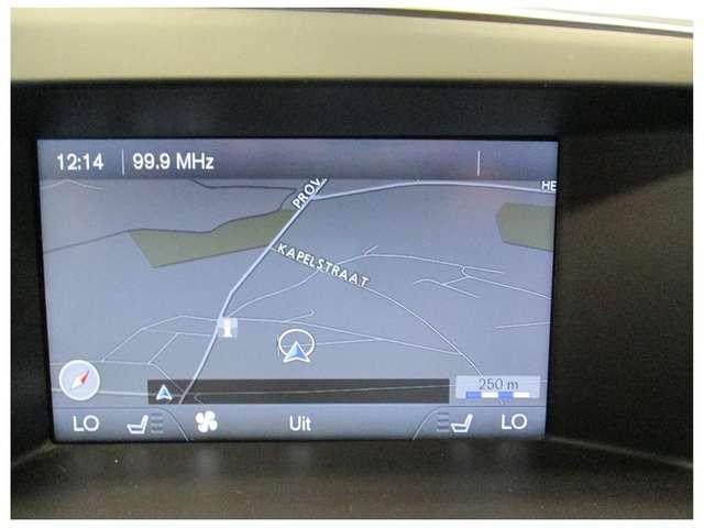 Volvo XC60 SUMMUM R-DESIGN D4 AWD AUTOMAAT 5 JAAR WAARBORG* 9/12