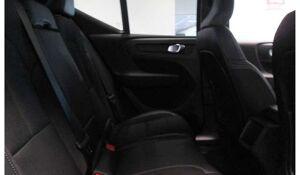 Volvo XC 40 MOMENTUM PRO-BENZINE-AUTOMAAT-NIEUW-OKM-5 JAAR WAA