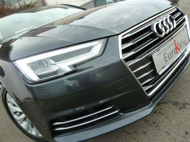 Audi A4 2.0 TDi Design SALOON 10/15