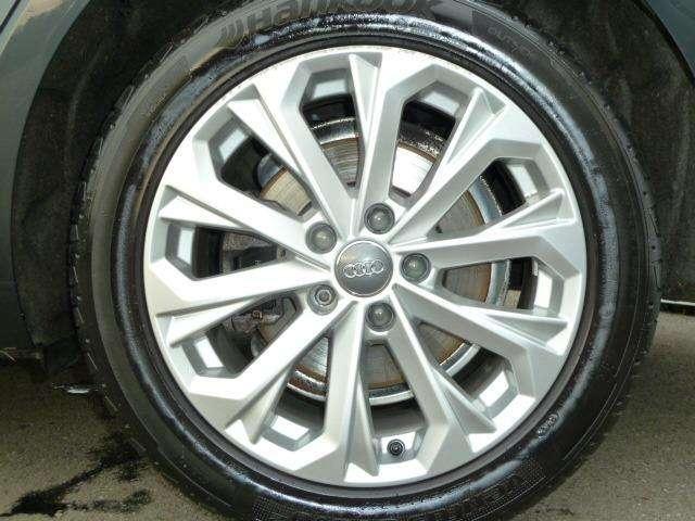 Audi A4 2.0 TDi Design SALOON 11/15