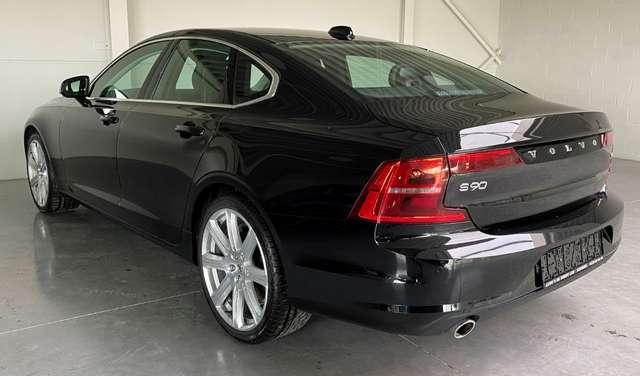 Volvo S90 2.0 T4 Momentum - velgen 20' - véél opties! 2/22