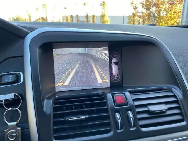 Volvo XC60 2.4 D3 AWD R-design Geartronic PANORAMIK DAK * GPS 13/15