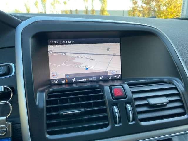 Volvo XC60 2.4 D3 AWD R-design Geartronic PANORAMIK DAK * GPS 14/15