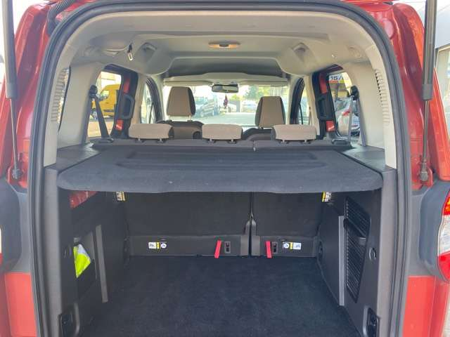 Ford Tourneo Courier *** 5 PLAATS *** CLIM *** EURO 5 12/15