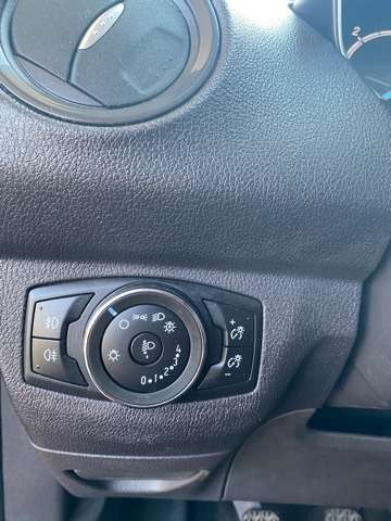 Ford Tourneo Courier *** 5 PLAATS *** CLIM *** EURO 5 13/15