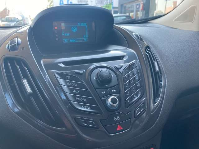 Ford Tourneo Courier *** 5 PLAATS *** CLIM *** EURO 5 15/15