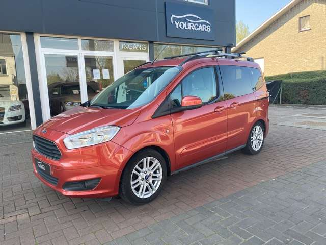 Ford Tourneo Courier *** 5 PLAATS *** CLIM *** EURO 5 3/15