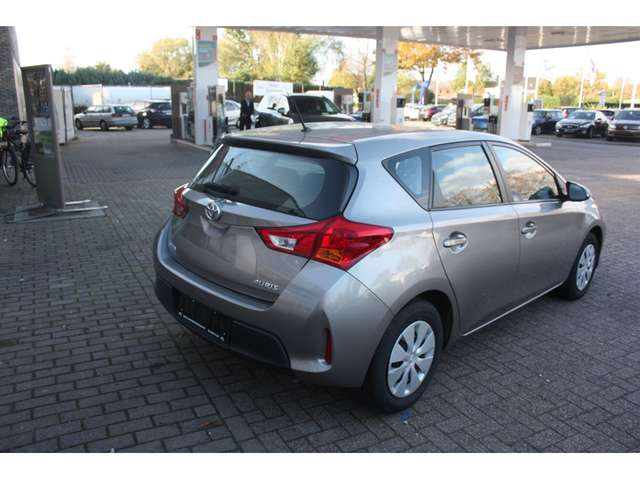 Toyota Auris D-4D Comfort DPF ECO 14/15