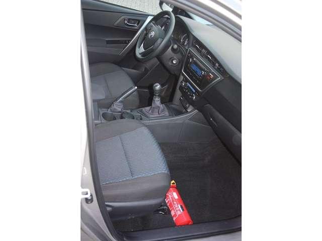 Toyota Auris D-4D Comfort DPF ECO 7/15
