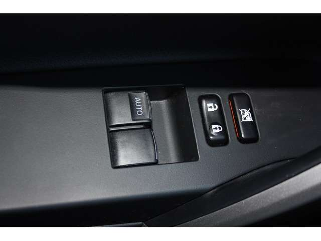 Toyota Auris D-4D Comfort DPF ECO 8/15