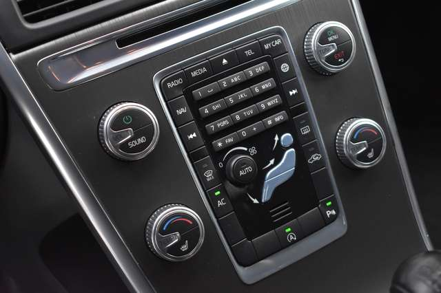 Volvo 997 2.0 D3 Momentum - Trekhaak 17/18