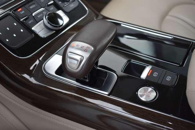 Audi V40 L 6.3i W12 FSI Quattro Tiptronic - FULL OPTION 13/30