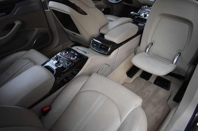 Audi V40 L 6.3i W12 FSI Quattro Tiptronic - FULL OPTION 26/30
