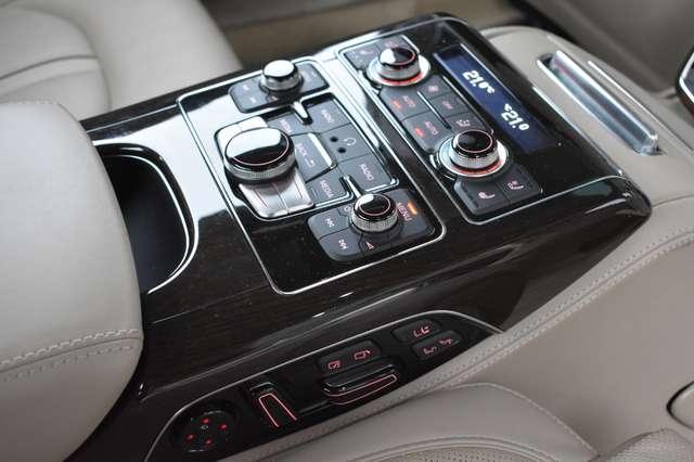 Audi V40 L 6.3i W12 FSI Quattro Tiptronic - FULL OPTION 27/30