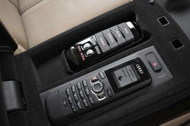 Audi V40 L 6.3i W12 FSI Quattro Tiptronic - FULL OPTION 28/30