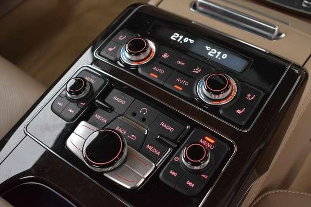 Audi V40 L 6.3i W12 FSI Quattro Tiptronic - FULL OPTION 29/30