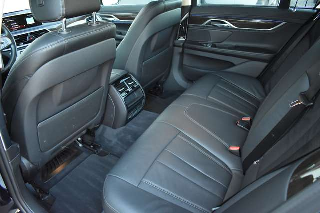 BMW 730 Saloon D M-Pack - 2018 - SUNROOF 11/20
