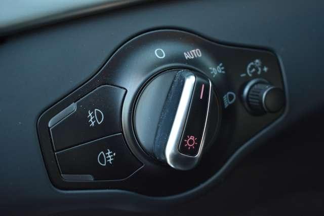 Audi A4 Avant 2.0 TDi S line Multitronic - Navi - Panodak 12/20