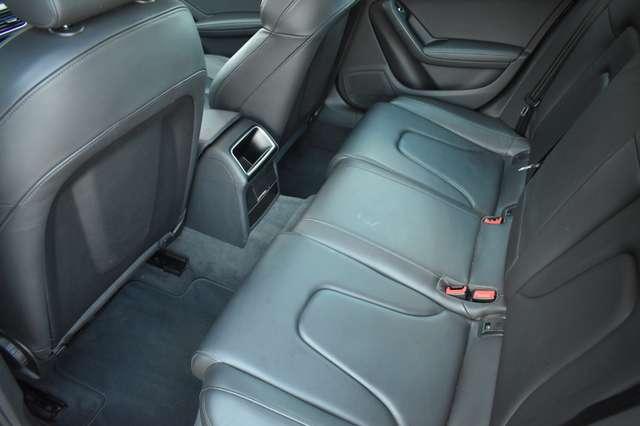 Audi A4 Avant 2.0 TDi S line Multitronic - Navi - Panodak 13/20