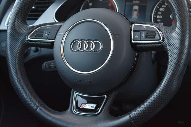 Audi A4 Avant 2.0 TDi S line Multitronic - Navi - Panodak 19/20