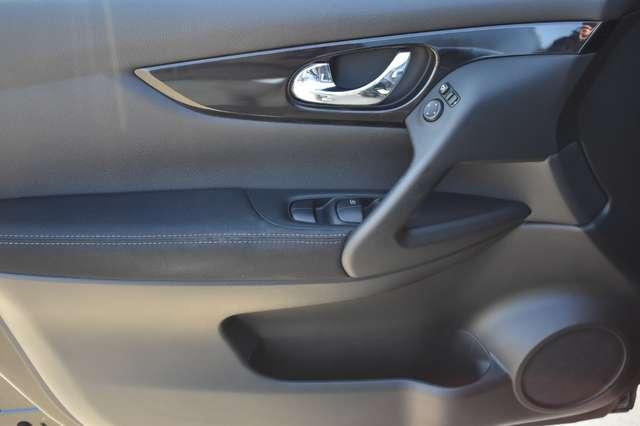 Nissan Qashqai 1.6 dCi 2WD Xtronic - Camera - Panodak 11/18