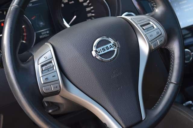 Nissan Qashqai 1.6 dCi 2WD Xtronic - Camera - Panodak 9/18