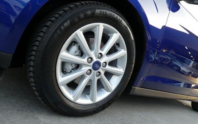 Ford C-MAX 1.5 TDCi TITANIUM luxe 10/2015 53000km (29991)