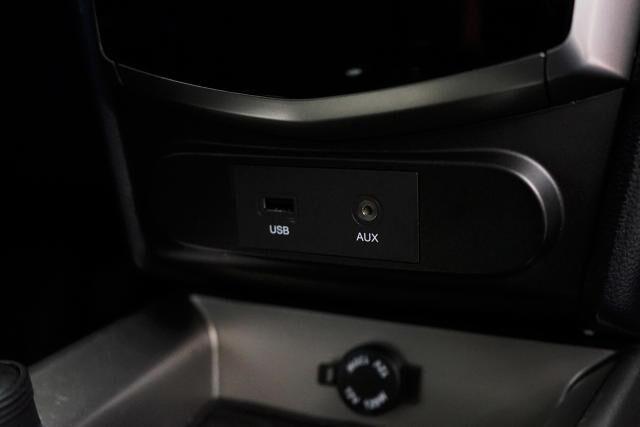 SsangYong Tivoli 1.6i e-XGi 2WD Quartz 20/27