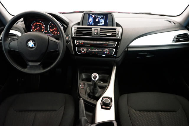 BMW 116 3-door i Coupé // Airco, Alu 19' 10/24
