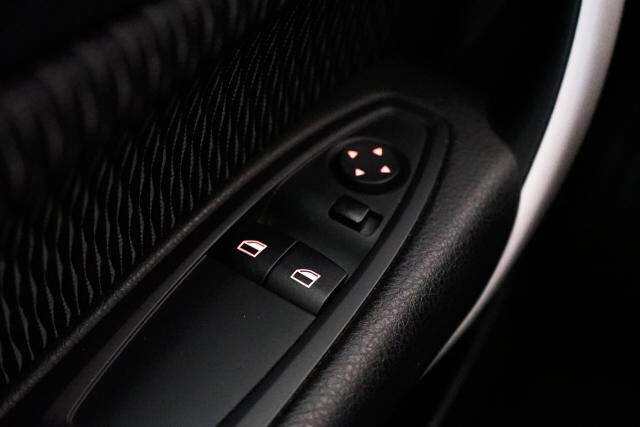 BMW 116 3-door i Coupé // Airco, Alu 19' 24/24
