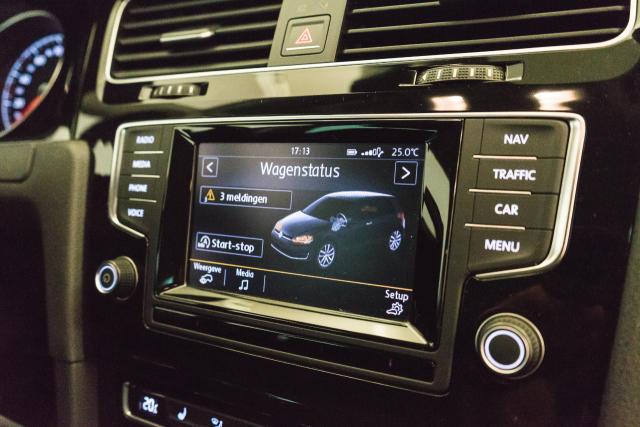 Volkswagen Golf Mark 1 1.2 TSI Cup // Navi, Sensoren, Bluetooth 18/30