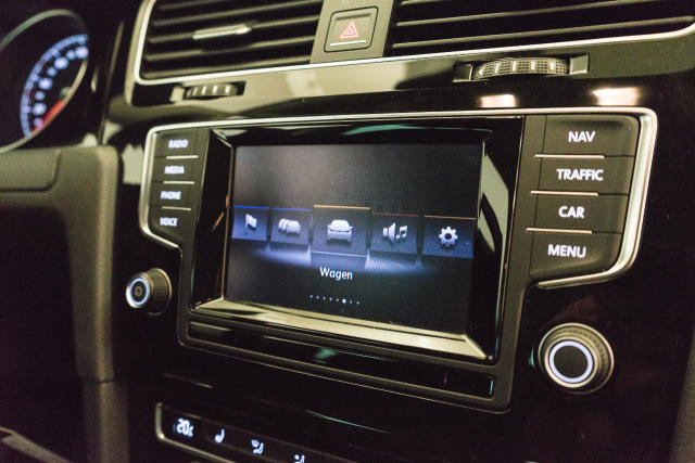 Volkswagen Golf Mark 1 1.2 TSI Cup // Navi, Sensoren, Bluetooth 19/30