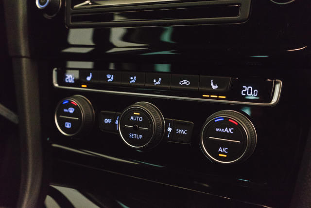 Volkswagen Golf Mark 1 1.2 TSI Cup // Navi, Sensoren, Bluetooth 20/30