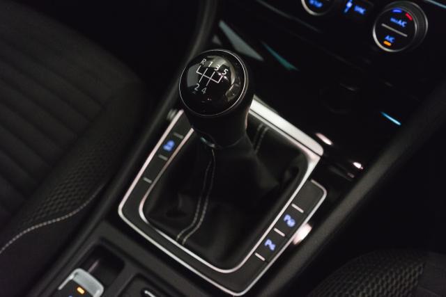 Volkswagen Golf Mark 1 1.2 TSI Cup // Navi, Sensoren, Bluetooth 21/30