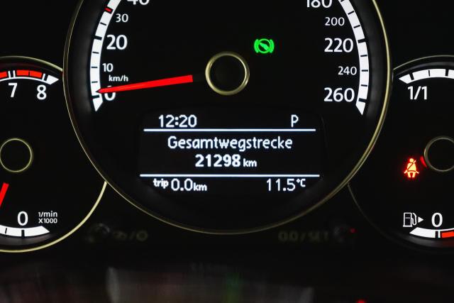 Volkswagen Beetle Mark 2 (2011) 1.2 TSI Coupé // Navi, Sensoren, Cruise control 23/29