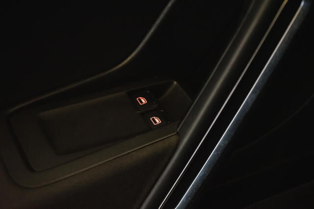 Volkswagen Beetle Mark 2 (2011) 1.2 TSI Coupé // Navi, Sensoren, Cruise control 28/29